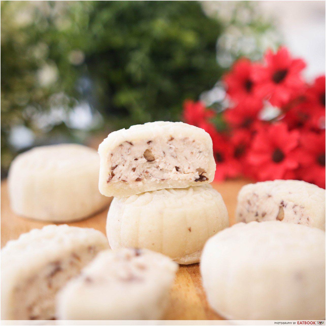 Bánh trung thu dẻo đậu đỏ