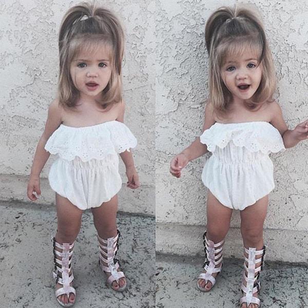 Kiểu tóc ngắn cho bé gái 3 tuổi buộc 1 chùm