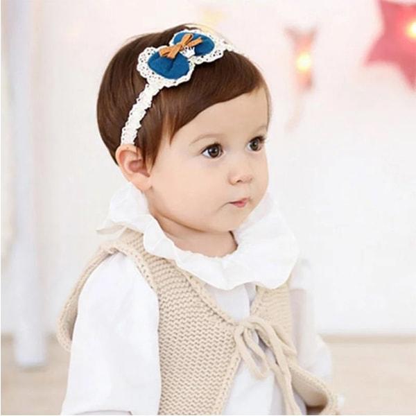 Kiểu tóc ngắn cho bé gái 3 tuổi cài băng đô