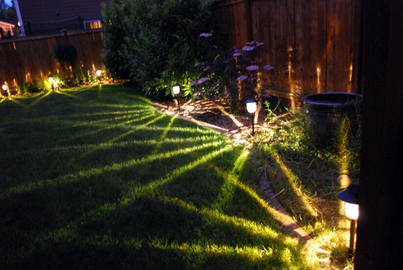 Đèn LED sân vườn cắm cỏ