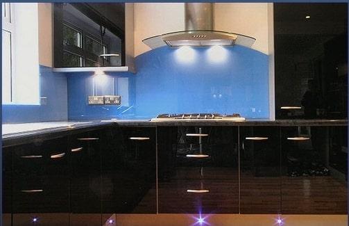 kính laminate ốp bếp