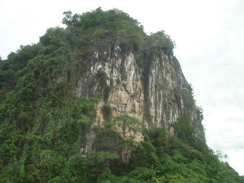 núi đá vôi