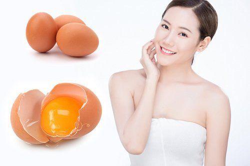 Cách làm trắng da tại nhà với lòng đỏ trứng gà