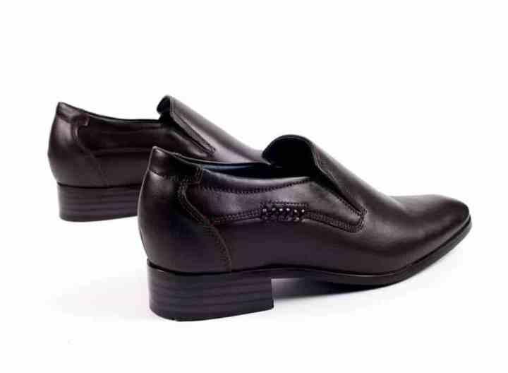 Đối với giày tăng chiều cao nam