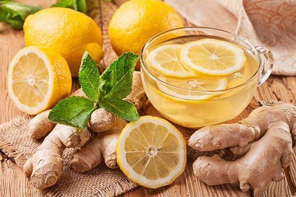 Nước detox giảm cân cực hiệu quả từ chanh và gừng
