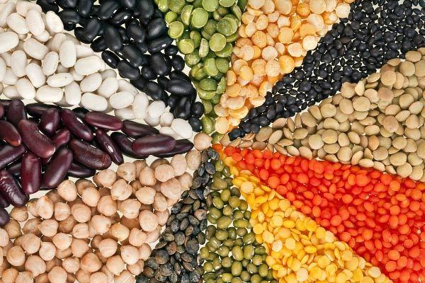 Gồm 5 loại đậu thông dụng như đậu đen, đậu xanh, đậu đỏ, đậu nành, mè đen.