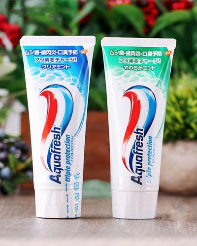 Kem đánh răng Aquafresh Nhật