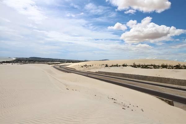 Con đường cát trắng ra Phan Thiết