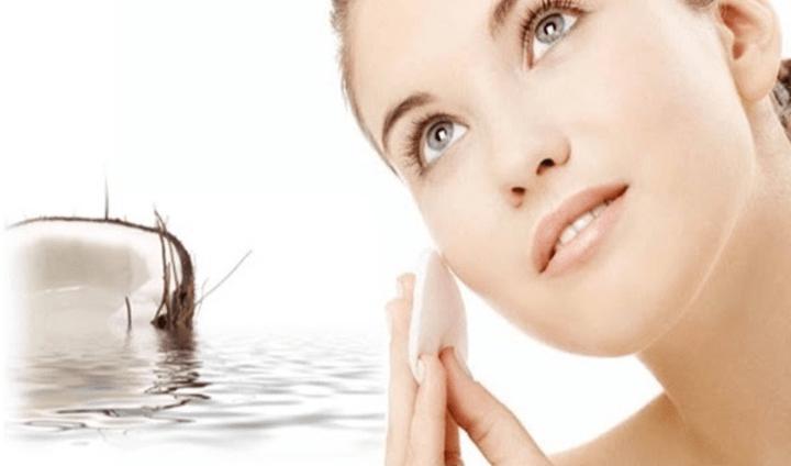 Mặt nạ dưỡng da từ dầu dừa