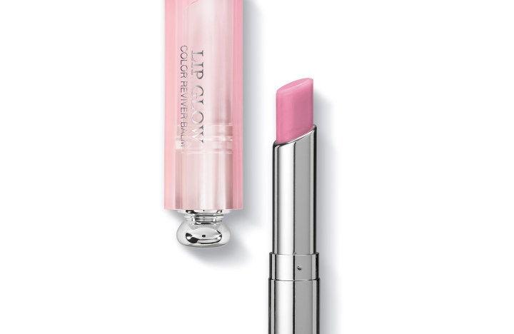 Son dưỡng Dior - Dior Addict Lip 005 Lilac màu sắc thể hiện được sự ưu vượt trội và thỏa mãn được sự hài lòng