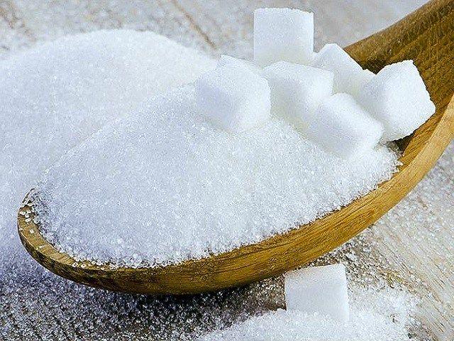 Tẩy tế bào chết bằng đường trắng