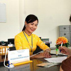Bưu điện quận tân phú