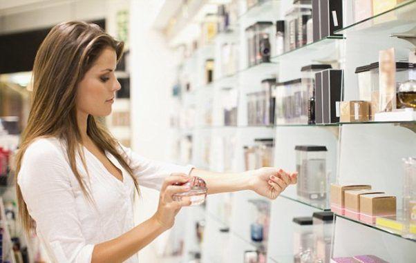 cách chọn nước hoa theo mùi hương
